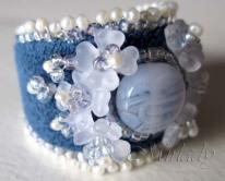 blauwe ring met baby pareltjes 1