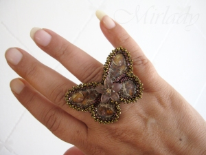Ring, made from real butterfly wings - © Mirlady ® 2013 - Miranda Groenendaal
