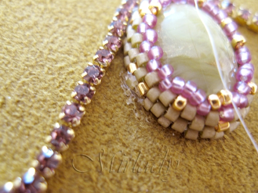 how to Strassketting om een cabochon 3