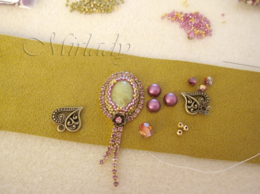 how to Strassketting om een cabochon 7